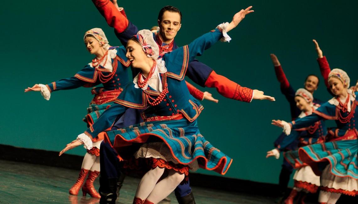 Nasza fotorelacja: Mazowsze i Przyjaciele z okazji 36. Międzynarodowego Dnia Tańca