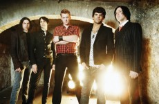 Queens of the Stone Age tworzy na pustyni