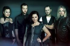 Tysiące róż dla Amy Lee. Spektakularna akcja na koncercie Evanescence!