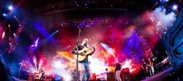 Niebywała kolekcja gadżetów podczas koncertu Dave Matthews Band!