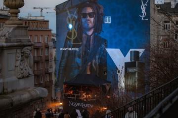 Mural pełen dźwięków. Trwa kampania męskiego zapachu Y od Yves Saint Laurent
